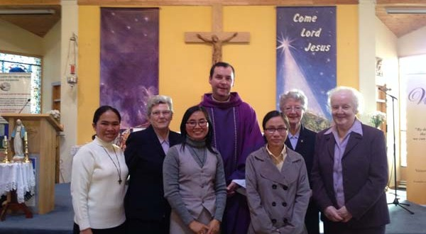 At the back left to right: Sr Mercy, Sr.Toni, Fr. Eamon Burke, Sr. Una and Sr. Mary. In font left to right : Sr. Linh and Sr. Trinh
